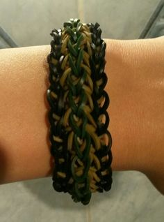 Camo Arrow Stitch Loom Bracelet