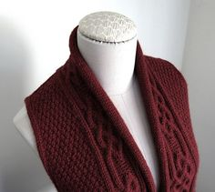 You may remember that I took a class from Elsebeth Lavold in March. She had this vest hanging there — taunting me! Both my friend Beth and I kept being drawn back to it. Inggun. I thought it was a lovely, unique design that would be very wearable. The knitting of this vest took some …