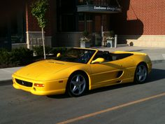 my friend Erney's '98 F355 and it IS for sale