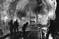 After Decades, a Water Tunnel Can Now Serve All of Manhattan - NYTimes.com Congrats NYC.  This tunnel really is amazing...some of the crew were 3 generations of sandhogs!