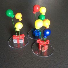 Cadeaux avec ballons en Fimo décoration de table anniversaire