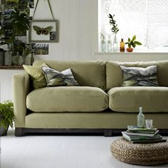 The ultimate sofa style guide ideal home Sofa Styling, Interior Styling, Interior Design, Craftsman Bathroom, Kerala Bride, Types Of Sofas, Home Design Plans, Ideal Home, Style Guides