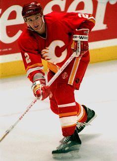 Al MacInnis, Calgary Flames - My third cousin Women's Hockey, Ice Hockey Teams, Hockey Games, Hockey Players, Sports Teams, Maurice Richard, Calgary, Sports Organization, Florida Panthers