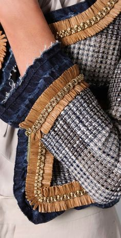Chantal Nurmi Chanel jackets & chanel jacken & vestes chanel & chaquetas chanel & w Chanel Outfit, Chanel Fashion, Denim Fashion, Fashion Fashion, Fashion Tips, Chanel Style Jacket, Chanel Jacket Trims, Mode Chanel, Chanel Chanel