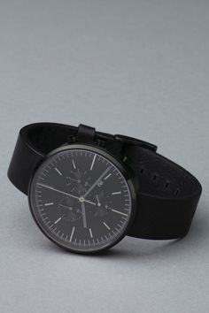 The new 302 series from my favorite watch brand Uniform Wares. Must have.