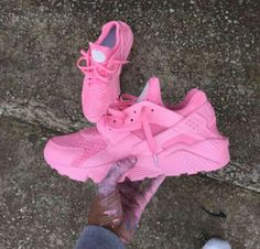 2014 cheap nike shoes for sale info collection off big discount.New nike roshe run,lebron james shoes,authentic jordans and nike foamposites 2014 online. Nike Air Huarache, Nike Free Shoes, Nike Shoes Outlet, Shoe Boots, Shoes Heels, Pumps, Pink Shoes, Footwear Shoes, Cute Shoes