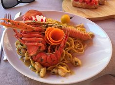 Tuscany is packed full of beautiful cities, towns and villages. Eating out in Volterra is an absolute joy and this trip saw us eat out twice...  http://hollygoeslightly.co.uk/food/eating-out-in-volterra  #volterra #tuscany #italy #tuscanfood #eatingout #italianfood #lobster #spaghetti #foodie #fdblogger #travel #tblogger