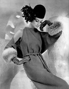 pierre-cardin-dress-1962♥  ♥ ✿ Ophelia Ryan✿♥