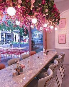 [object object] Elan Cafe a very dusky pink and stunning place elan cafe dusky pink stunning place 10 Schönheitssalon Design, Store Design, Salon Interior Design, Restaurant Interior Design, Pink Cafe, Deco Restaurant, Modern Restaurant, Flower Cafe, Cute Cafe