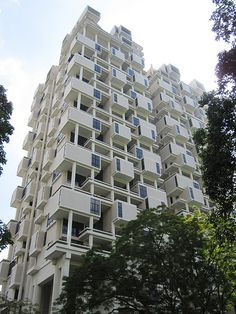 The Colonnade by Paul Rudolph, Singapore. 1980-1987.