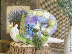 Купить Тильда Улитки Весенний лоскуток - сиреневый, Тильда улитка, улиточка, улитка, улитка в подарок