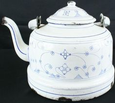 Amazon.com: Antique French Blue White Pattern Enamel Kettle Teapot: Home & Kitchen