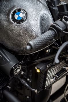 View a few of my favourite builds – custom made scrambler builds like – Cafe Racer BMW Bmw Cafe Racer, Cafe Racer Parts, Cafe Racer Build, Bmw Scrambler, Vintage Cafe Racer, Vintage Bikes, Cafe Racer Motorcycle, Motorcycle Style, Bmw Design