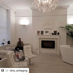 #Repost @idna_antiaging with @repostapp  @phiclinic training ready to go. #iddna #antiageing #phiclinic #bestantiagingcliniclondon #lifestylemedicine #agemanagementdoctor #injectables #bestcliniclondon #cosmeticdoctor