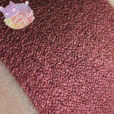Enchantress (eye shadow) by Hello Waffle. An intense copper-purple. Indie Makeup, Eye Shadow, Waffle, Cosmetics, Eyeshadow, Eye Shadows, Waffles