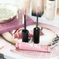 Essence Colour Boost Vinylicious Liquid Lipstick