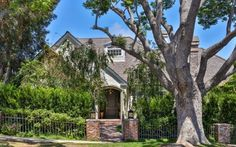Pin for Later: Patrick Dempsey Isn't Getting a Divorce — but He Is Parting Ways With This House
