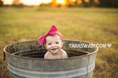 Bath tub baby pictures children ideas for 2019 Bath Photography, Toddler Photography, Photography Projects, Photography Props, Newborn Photography, Family Photography, Newborn Photos, Baby Photos, Watermelon Pictures