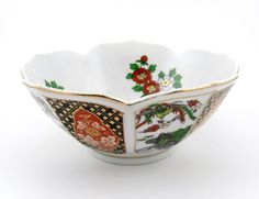 $12.99 - Very pretty vintage Japanese Imari style lotus-shaped porcelain bowl. Produced in the 1980s. Very clean. In very good condition... Click on the image above for more information or to buy from WileWood. Thanks so much!
