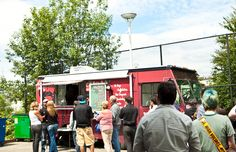 Where Ya At Matt? brings New Orleans-style po'boys, muffulettas, jambalaya, and more to Seattle. They have been called one of the best food trucks in. Truck Names, Recipe Icon, Best Food Trucks, Jambalaya, Daily Meals, Street Food, Oysters, Pecan Pies, Seattle