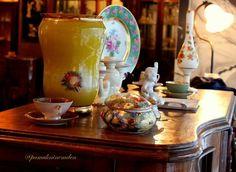 Pamuk Ninemden Antikalar Dükkan : Altıntepe Mahallesi Sırmakeş Sokak No : 22 / 3 Küçükyalı-İstanbul  #pamukninemdenantikalar @pamukninemden #antika #antique #antik #retro #koleksiyon #collection #vintage #antikacı #porselen #porcelain #bavaria #teaset  #çaytakımı #capodimonte #pamukninemden #porzellan #mobilya # berjer #bergere #avize #chandelier #muranoglass #eskilerden #junk