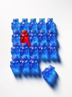 Junk Food Junk Food Makeover: Gummy Bears - A gummy bear that strengthens, not decays, your teeth. Candy Photography, Object Photography, Still Life Photography, Color Photography, Junk Food, Foto Art, Gummy Bears, Confectionery, Oeuvre D'art