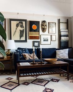 10 Ways to Style a Modern Home With Vintage Items| TheNest.com