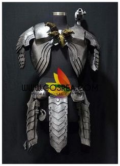 Costume Detail Alien Vs Predator Cosplay Costume Includes - Chest Armor, Shoulder Armor, Waist Guard - This is a custom made to order costume with a extended production time frame. Please contact us b Predator Costume, Predator Cosplay, Alien Vs Predator, Cosplay Costumes, Halloween Costumes, Knight Costume, Larp Armor, Shoulder Armor, Cosplay Girls