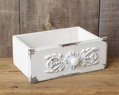 New Shabby French Chic White Antique Style Drawer Tool Box Wood Caddy Basket White Wooden Box, Wooden Boxes, Shabby Chic Cottage, Shabby Chic Decor, Wood Cottage, Iron Orchid Designs, Idee Diy, Decorative Storage, Vintage Gifts