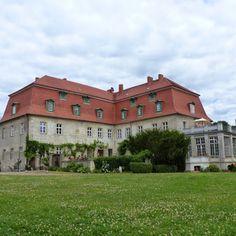 Schloss Ahlsdorf in Brandenburg (Familie von Seyffertitz und von Siemens)