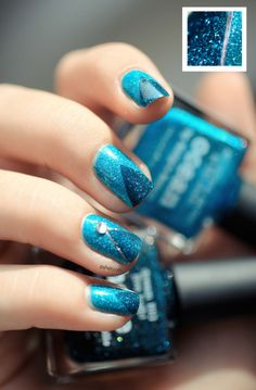 Blauer Nagellack von Picture Polish, Nail Art, blau, www. Nail Art 2014, Nails 2014, Nail Art Kit, Picture Polish, Laura Geller, Hot Nails, Hair And Nails, Ocean Blue Nails, Nail Art Disney