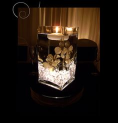 I <3 these flowers anyone know where i can get them like this maybe in green with the sparkles???