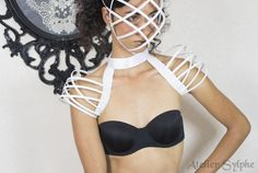 White neck collar and fantasy shoulders boned crinoline cage Elegant Dresses, Nice Dresses, Hoop Skirt, Cage, Neck Collar, Glam Rock, Facon, Tour, Carnival
