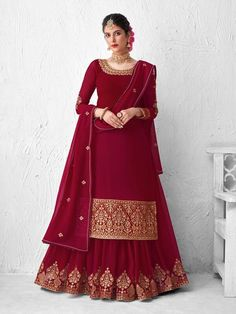 Top 5 Style Of Lehenga Suit For Any Occasion - Inddus.com Long Choli Lehenga, Lehenga Suit, Lehenga Style, Red Lehenga, Party Wear Lehenga, Ghagra Choli, Bridal Lehenga, Sharara Suit, Anarkali Suits