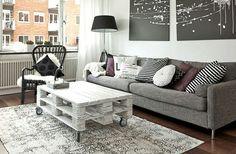 Weißer Tisch mit Rollen Beach House, Table, Furniture, Home Decor, Coffee, Diy, Inspiration, Furniture From Pallets, Condo Design