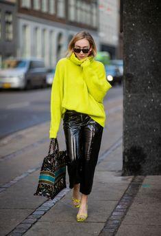 Sonia Lyson is seen wearing neon Zara turtleneck, black Topshop. Yellow Sweater Outfit, Winter Sweater Outfits, Neon Outfits, Fashion Outfits, Womens Fashion, Look Fashion, Winter Fashion, Copenhagen Fashion Week, 2020 Fashion Trends