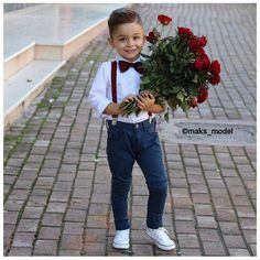 Cute Maks via Pic: maks_model by clasique_lifestyle Boys Summer Outfits, Little Boy Outfits, Cute Outfits For Kids, Boys Dress Outfits, Toddler Boy Fashion, Little Boy Fashion, Toddler Boy Outfits, Stylish Boys, Cute Baby Boy
