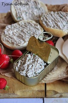 Przepisy na pasty do chleba   Tysia Gotuje blog kulinarny Appetisers, Pesto, Appetizer Recipes, Grilling, Food And Drink, Pudding, Cheese, Breakfast, Desserts
