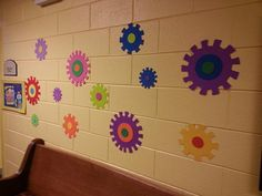 Love these colorful gears! Thanks to Gear up! What a great week at Central UMC in Concord NC! www.cokesburyvbs.com Maker Fun Factory Vbs, The Fun Factory, Fall Classroom Door, Classroom Decor, Vbs Crafts, Preschool Crafts, Gadgets And Gizmos Vbs, Kids Church, Church Ideas