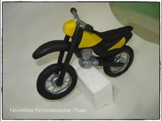 how to make bmw motorcycle cake topper fondant pasta di zucchero torta decorata - YouTube