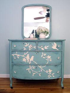 Bird Stencil Dresser - The Frisky Chalk Paint Furniture, Furniture Projects, Furniture Making, Furniture Makeover, Diy Furniture, Furniture Design, Transforming Furniture, Timber Furniture, Space Furniture