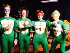 ANDPOP | 5 Seconds of Summer To Host A Fan Convention