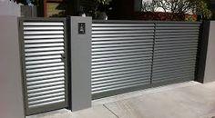 Aluminium louvre sliding gate and single swinging gate Home Gate Design, Front Gate Design, Steel Gate Design, Main Gate Design, Fence Design, House Front Gate, Front Gates, Entrance Gates, House Entrance