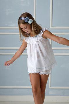 Cute Little Girl Dresses, Beautiful Little Girls, Cute Girl Outfits, Cute Little Girls, Kids Outfits, Girls Dresses, Flower Girl Dresses, Fashion Tv, Kids Fashion