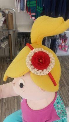 Diadema roseton ganchillo