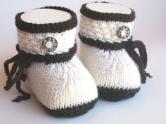 Knitting Patterns Booties Knitted & Crocheted Shoes – Baby Shoes Knitted Traditional Shoes – A Designer … Baby Booties Knitting Pattern, Knit Baby Shoes, Knitted Booties, Knit Boots, Knitting Socks, Baby Knitting, Crochet Baby, Knitting Patterns, Crochet Patterns