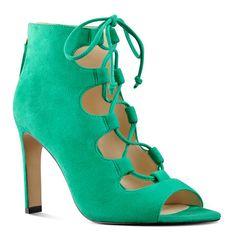 Unfrgetabl Peep Toe Pumps in Green Suede | Nine West