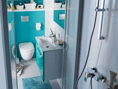 Dans les petits logements, les salles d'eau étroites sont monnaie courante. Heureusement, même dans seulement 3 m2, il est possible d'aménager une salle de bains fonctionnelle, confortable et ... #maisonAPart