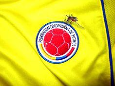 FIEBRE AMARILLA  Colombia vs Bolivia. La Selección Colombia va con todo esta tarde cuando se enfrente a Bolivia. Los de Pekerman tienen la mira en los 3 puntos que los sigan manteniendo en la parte superior de la tabla de posiciones.  http://www.revistagraderia.co/fiebre-amarilla/