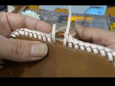 double loop stitch tutorial レザークラフト ダブルステッチ 青. Leather Art, Sewing Leather, Leather Gifts, Leather Books, Leather Bags Handmade, Custom Leather, Leather Tooling, Leather And Lace, Leather Design